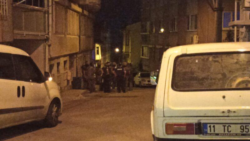 Bursa'da hareketli dakikalar! Polise ateş açtı, özel harekat yakaladı