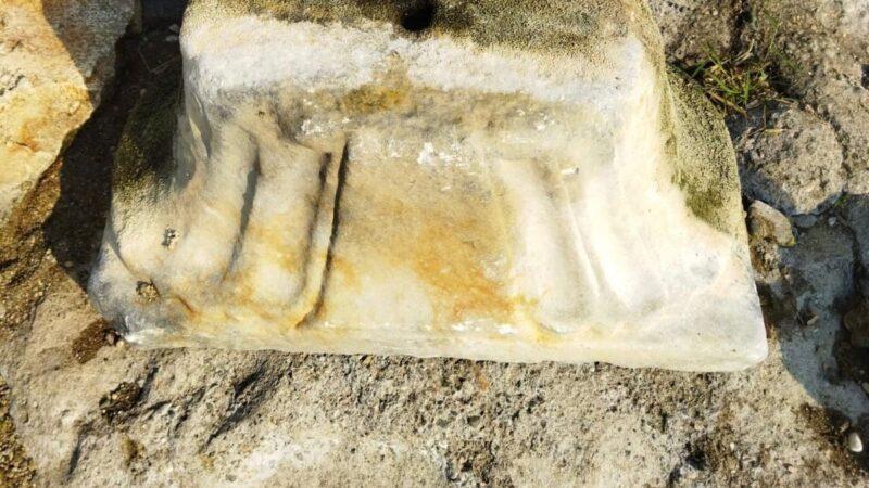 Göl kıyısında tarihi eser bulundu