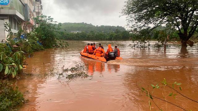 Hindistan'daki sel felaketinde can kaybı 164'e yükseldi
