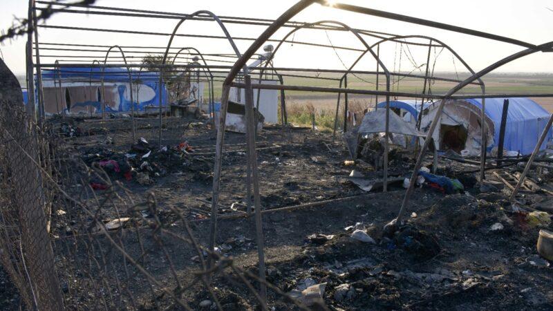 Bursa'da kahreden olay! 8 çadır yandı
