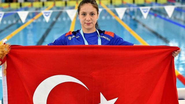 Milli sporcudan bir altın madalya daha