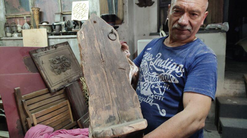 Bursa'da tarihî ahşaplar dünyaca ünlü restoranlara mobilya oldu
