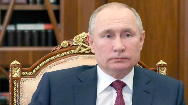 Putin'den 'ABD'nin dolar basması' hakkında açıklama