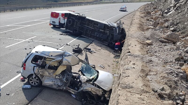 Bayram tatilinin ilk 4 gününde kaza bilançosu: 17 ölü, 124 yaralı
