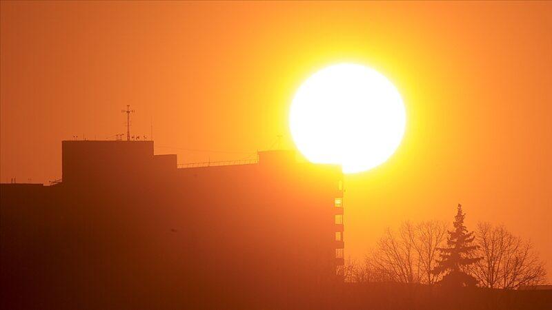 Yüksek hızlı güneş fırtınası Dünya'yı vurabilir