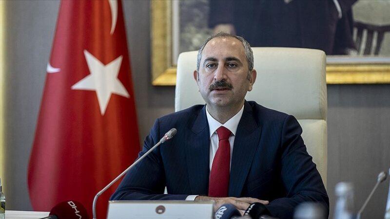 Adalet Bakanı açıkladı! Yangınlar için başsavcılıklar devrede