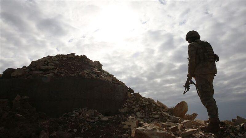 PKK'dan kaçan 5 örgüt mensubu teslim oldu