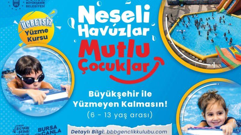 Bursa'da yüzme havuzu çocukların ayağına geliyor