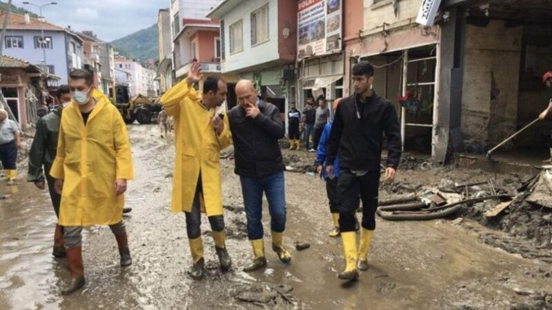 Selin vurduğu Bozkurt'ta kaymakam değişimi