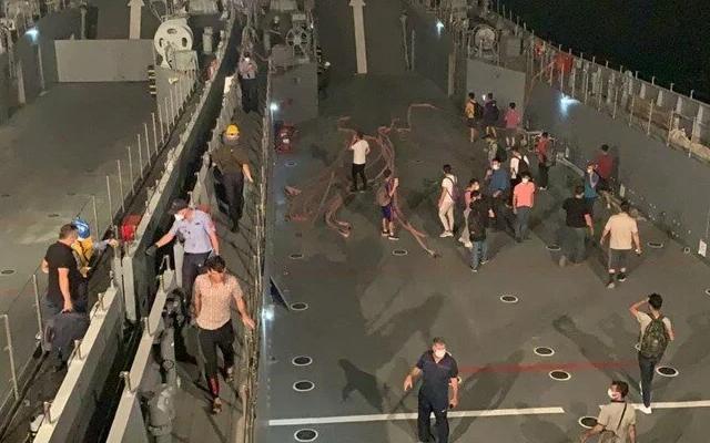 Milas'ta yangın bölgesindeki vatandaşlar tahliye ediliyor