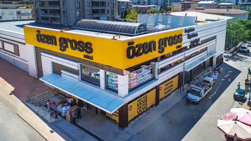 Bursa'nın en ucuz marketi Özen Gross 2'nci şubesini açtı