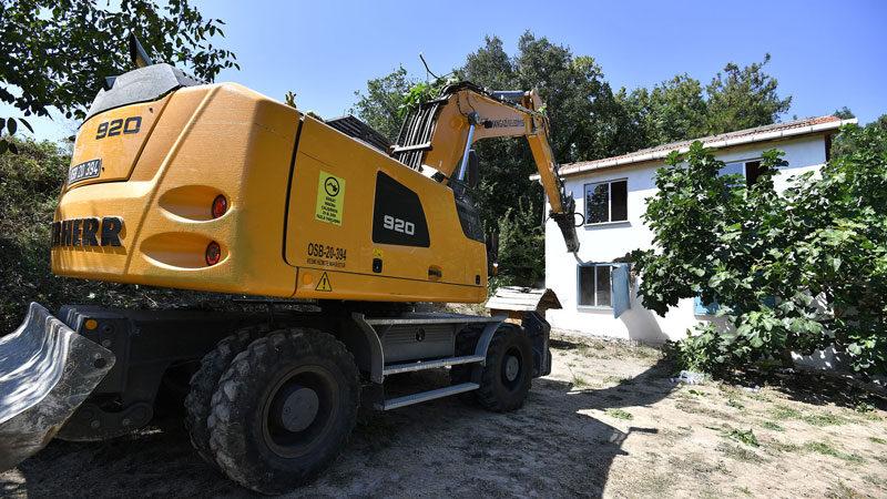 Bursa'da dağ ve ova kaçak yapılardan temizleniyor