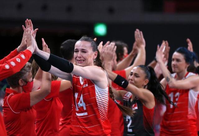 Türkiye – Güney Kore: 2-3 Filenin Sultanları veda etti, gözyaşları sel oldu!