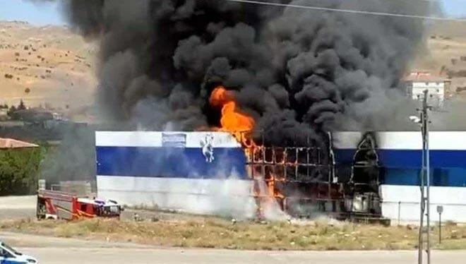 Ayran fabrikasında yangın