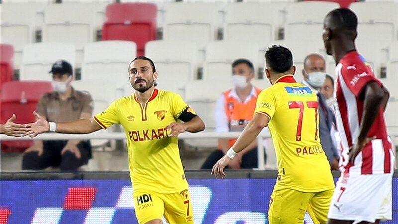 Halil Akbunar A Milli Futbol Takımı'nın aday kadrosundan çıkarıldı