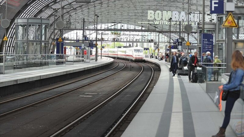 Almanya'da makinistler yeniden greve gidecek
