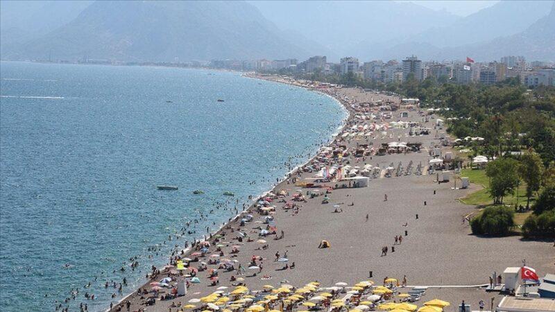'Turizmin başkenti' Antalya 7 ayda 3 milyon 396 bin turist ağırladı
