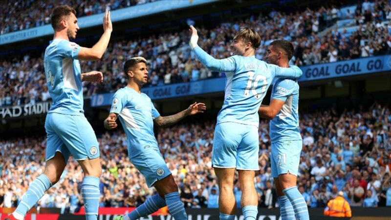 Manchester City Premier Lig'de Arsenal'ı farklı yendi