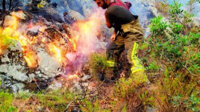 Bursa'dan yangın bölgesine takviye sürüyor