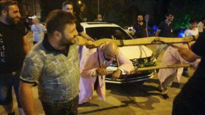Bursa'da ilginç anlar! Damada boyunduruk takıp araç çektirdiler