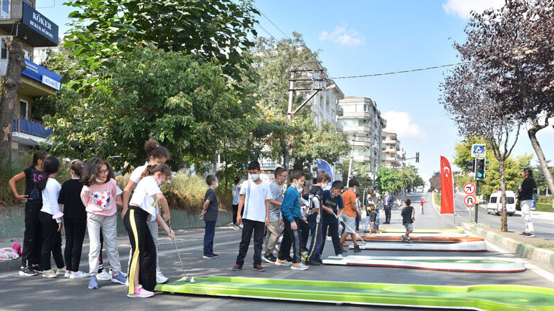 Bursa'da trafik durdu, hareket başladı