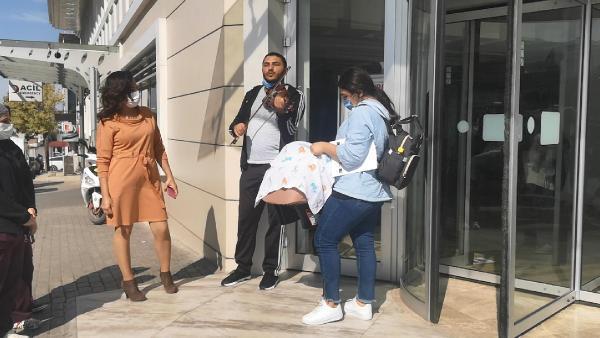Görüntü Bursa'dan… Taburcu olan bebeğini böyle karşıladı