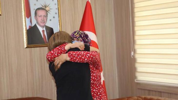Mardin'de teslim olan terörist, ablasıyla buluşturuldu