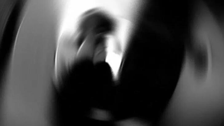 Öz kızına istismar sanığı 20 yıl ceza aldı, eşi sinir krizi geçirdi!