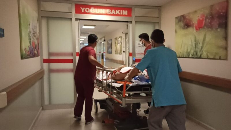 Bursa'da çatıdan düşen işçi ağır yaralandı