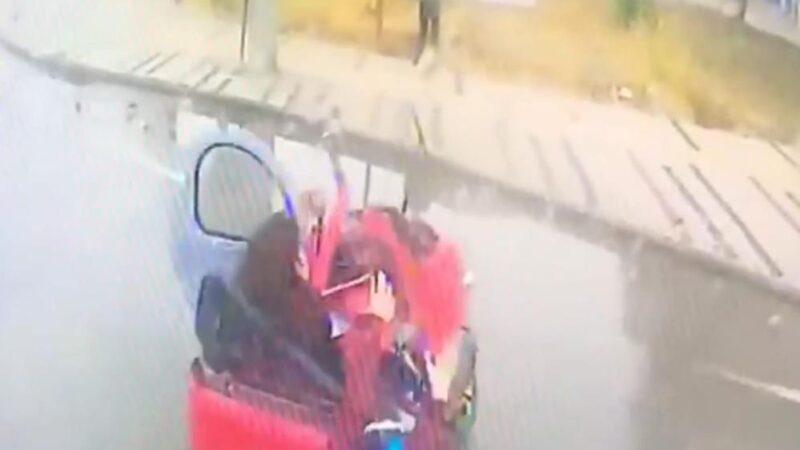 Bursa'da 3 öğrenci yaralanmıştı! Kaza anı kamerada
