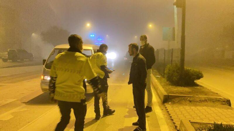Bursa'da aracında sızan alkollü sürücüden pes dedirten sözler