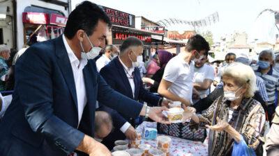 Osmangazi Belediyesi'nin aşure geleneği sürüyor