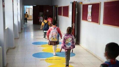 Okullarda hafta sonu formülü masada: İkili eğitime geçilebilir