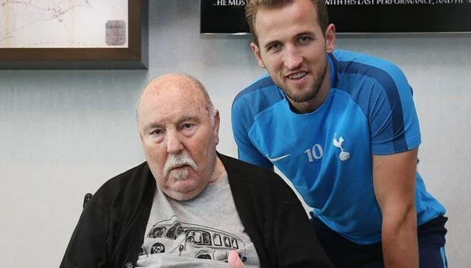 Tottenham'ın efsanesi hayatını kaybetti