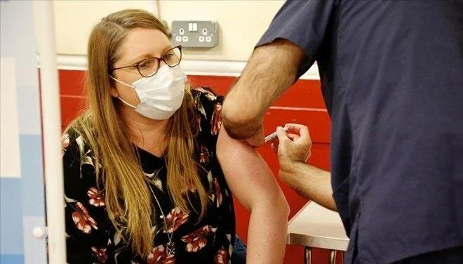 İngiltere'de üçüncü doz aşıya başlıyor