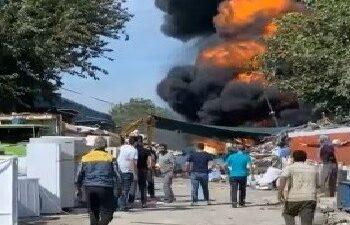 Bursa'da korkutan yangın… Dumanlar gökyüzünü siyaha boyadı