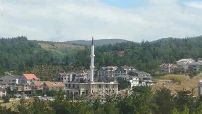 Bursa'da korkutan anlar! Beşik gibi sallandı