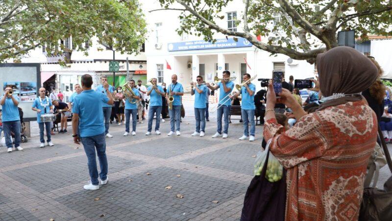 Bursa'nın tarihi mekanlarında müzik sürprizi