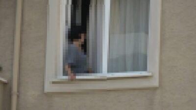Bursa'da eşini bıçakla rehin aldı… Film sahnelerini aratmayan operasyon!