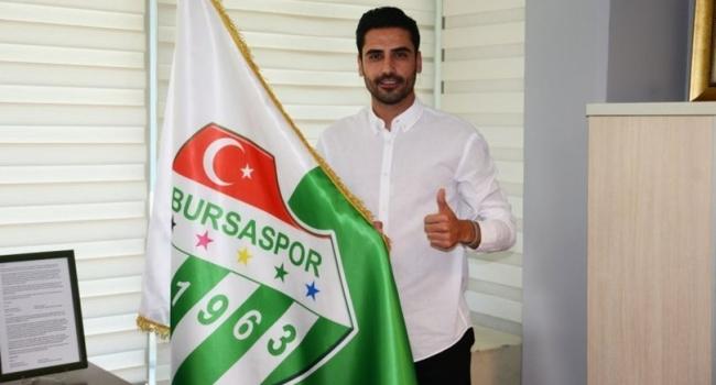 Bursaspor'da sözleşme feshi! Bu futbolcuyla yollar ayrıldı…