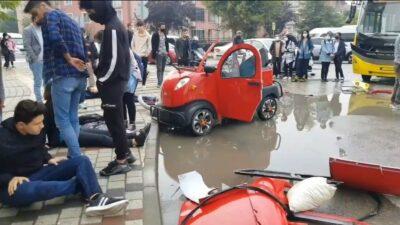 Bursa'da yürekleri ağza getiren kaza! Halk otobüsü ile elektrikli araç çarpıştı