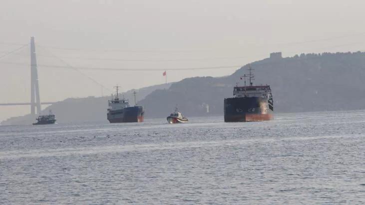 İstanbul Boğazı'nda Türk ve Rus bandralı 2 yük gemisi çarpıştı