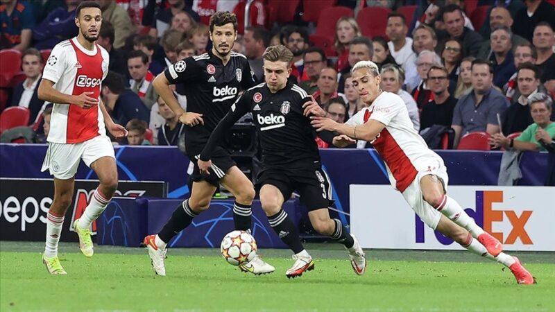 Beşiktaş Ajax deplasmanında mağlup