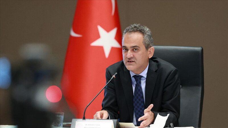 Milli Eğitim Bakanı Özer'den flaş açıklama