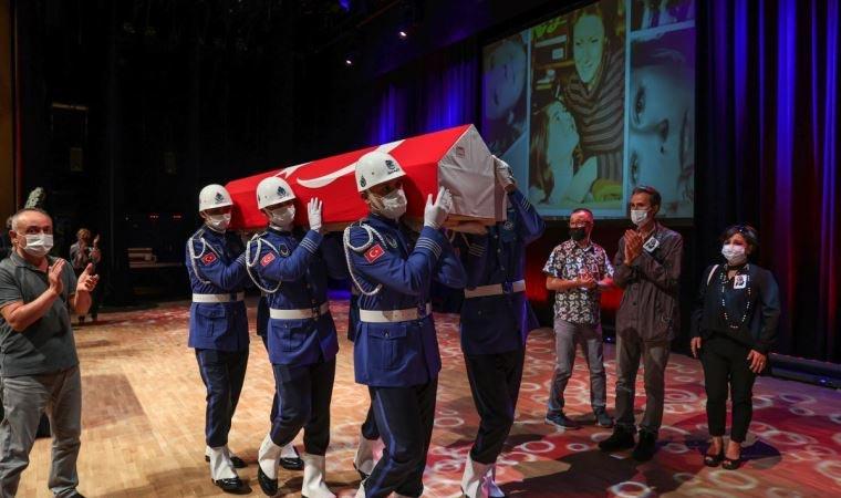 Usta sanatçı İnci Çayırlı son yolculuğuna uğurlandı