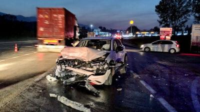 Bursa'da kavşakta feci kaza! 5 araç birbirine girdi: Yaralılar var
