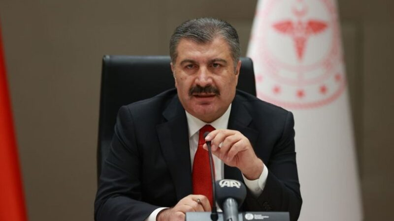Sağlık Bakanı Fahrettin Koca'dan gençlere 'günaydın'lı aşı çağrısı