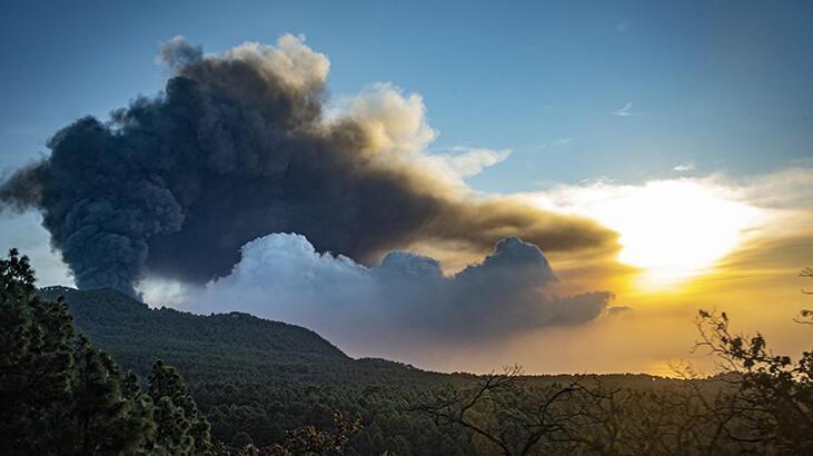 La Palma Adası'nda lavlar 2 binden fazla binayı kül etti