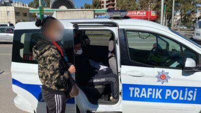 Bursa'da çalıntı araçla yakalandılar…