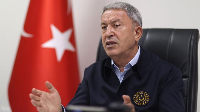 Bakan Akar'dan Yunanistan'a tepki: 'Türkiye'ye üstünlük sağlayamazsınız'